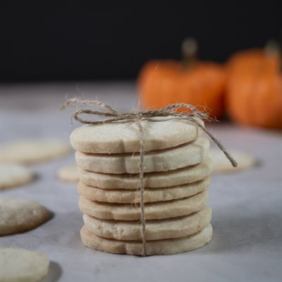 Sweet Like Maple Shortbread Cookies