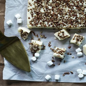 Fall-Approved Maple Fudge